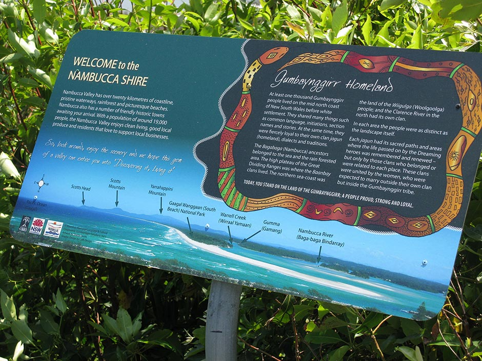 Indigenous signs at Captain Cooks Lookout, Nambucca