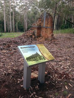 Heritage Signs, Innes Ruins