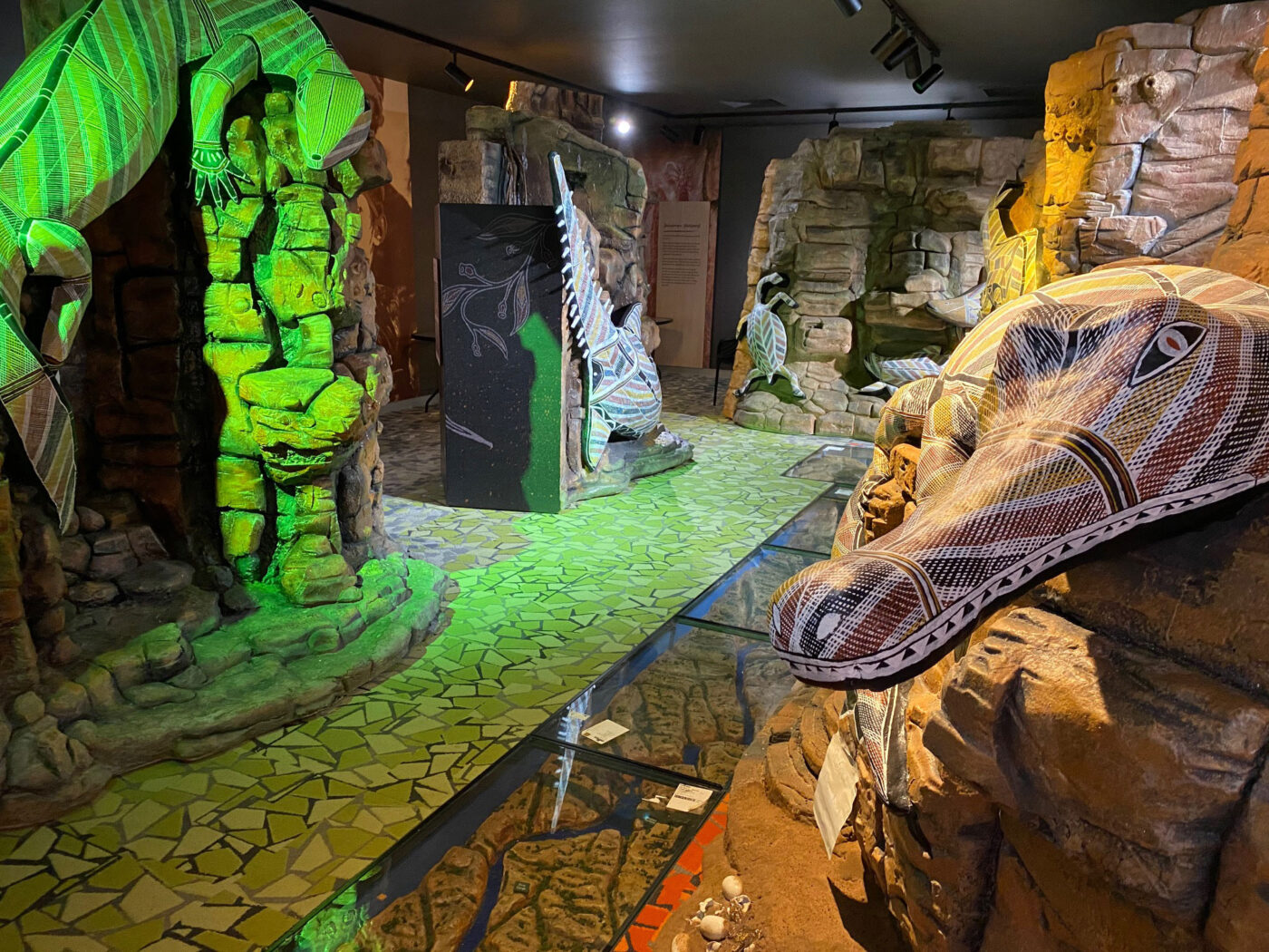 View of 5 pillars around in-floor gorge with seasonal lighting