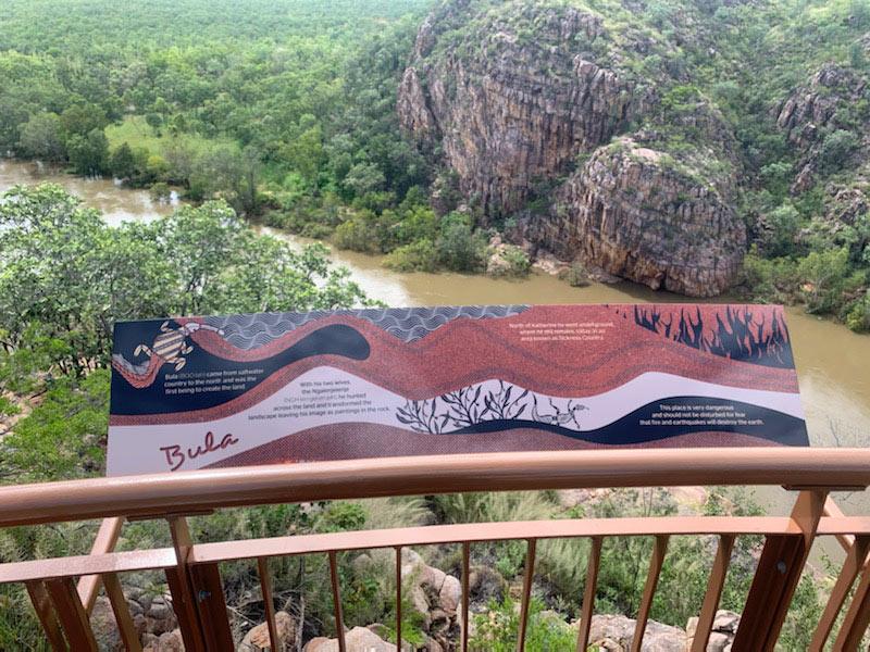 Baruwei Loop railing sign - Bula